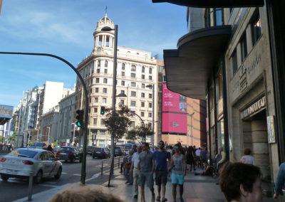 Одна из центральных улиц Мадрида, Испания