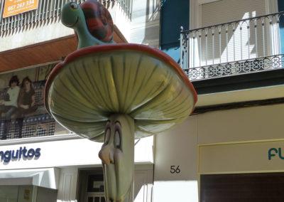 Улица пьяных грибов. Аликанте, Испания