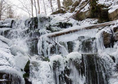 Замерзший водопад, Берегово